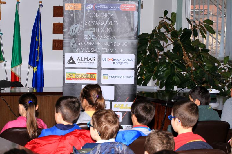 """<!--:it-->100 bambini al primo incontro del progetto """"Pedala, Pedala… in Sicurezza!""""<!--:-->"""