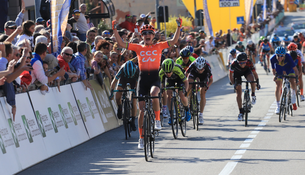 """(Italiano) Quarto trionfo di Marienne Vos al """"Trofeo Alfredo Binda U.C.I. WWT"""""""